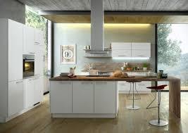 einbauküche ka 40 100 im strahlendem weiß und moderner arbeitsplatte kücheninsel und geräteblock möbelhaus pohl wilhelmshaven friesland