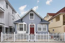 100 Beach House Long Beach Ny 45 Oregon St NY 11561 5 Bed 2 Bath SingleFamily