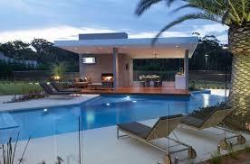 idee cuisine ext駻ieure gazébo et abri soleil des idées pour jardin avec piscine
