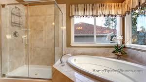 Re Caulk Moldy Bathtub by When Your Shower Door Leaks What To Do Home Tips For Women