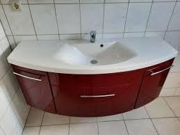 badmöbel set hochglanz rot grau waschtisch unterschrank spiegelschrank