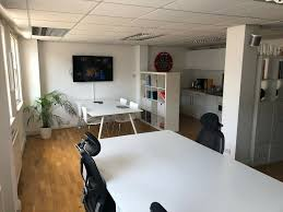 100 Studio 6 London Up To Desks Available Now In Creative Studio In The Heart Of Farringdon In Central Gumtree