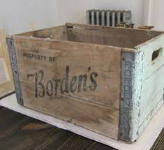 Vintage Bordens Milk Crate