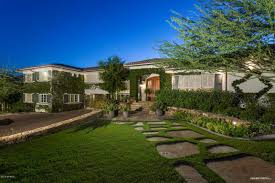 100 Naramata Houses For Sale Its Position Between Mummy And Camelback Mountains Allows