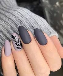 Cute Grey Nail Art Designs to Look Pretty on Parties