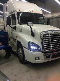 Auto Body & Collision Repair | Pro Paintless Dent Repair Auto Body Repair Services Masters Collision Center San Ocrv Orange County Rv And Truck Quality Work In Delta Bc Ati Eagle Custom Paint Restoration Associated Trucks Shop For Tacoma Wa Sws Equipment Finishes Vermont Elgin Mechanical Fleet Home Knoxville Tn East Tennessee Major Davis Pating
