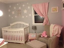 photo de chambre de fille chambre bébé fille en gris et 27 belles idées à partager