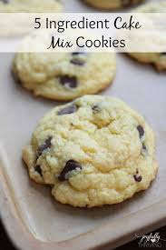 5 Ingre nt Cake Mix Cookies Oh my goodness These are my favorite chocolate chip cookies SO simple and so good