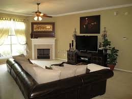 how to arrange a small living room with corner fireplace