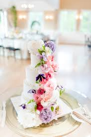 Floral Decorated Wedding Cakes For Summer Pastel Ideas