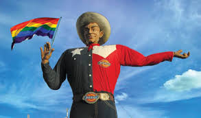 Big Tex Loves His Gays