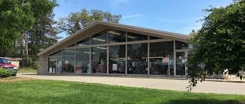 100 Grand Rapids Truck Center Parts Department Woodland Travel Michigan