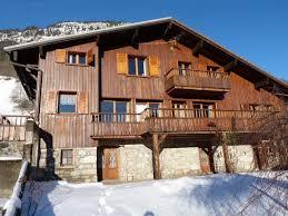 chalet 10 personnes alpes chalet familial 10 personnes 5 chambres gite de groupe rhone