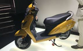 The Company Launched This Feature Some Time Ago Hondas Most Expensive Scooter Was Given In Grazia 2018 Honda Activa 5G Is By With