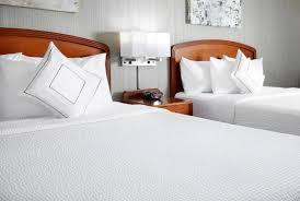 Standard Tile Rt 1 Edison Nj by Hotel Courtyard Edison Woodbridge Nj Booking Com