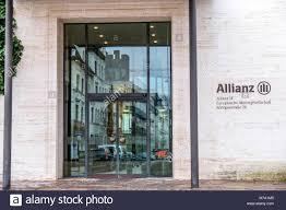 allianz siege social allianz insurance photos allianz insurance images alamy