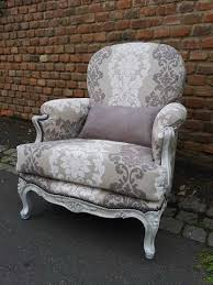 relooking fauteuil louis xv fauteuil louis xv tissu jacquard taupe beige relooking de sieges