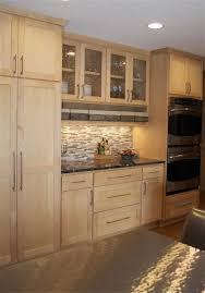 Pickled Oak Cabinets Glazed by Dark Glaze On Oak Cabinets Scandlecandle Com