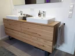 modernes bad mit ausgewählten akzenten störlein heizung sanitär