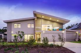 100 Iwan Iwanoff Symon Hayes Is A Highly Experienced Carpenter And Builder