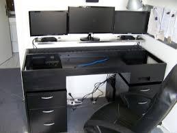 ordinateur de bureau pour gamer bureau informatique gamer fauteuil cuir bureau lepolyglotte