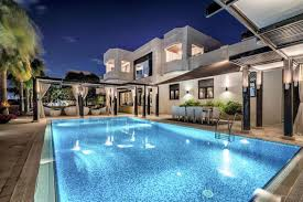 100 Modern Italian Villa Inside A Dh55m Styled Palm Jumeirah Villa In Dubai In