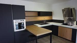 cuisiniste nantes cuisine en bois massif moderne 14 showroom cuisiniste ancenis