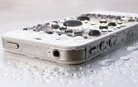 iPhone Water Hazard Tips to Stay Dry