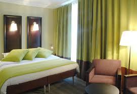 chambre taupe et vert chambre vert anis et beige idées décoration intérieure farik us
