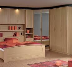 modèles de placards de chambre à coucher modeles armoires chambres coucher des photos armoire chambre but