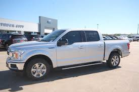 New 2018 Ford F-150 SuperCrew 5.5' Box XLT $43,499.00 - VIN ... New 2019 Ford Explorer Xlt 4152000 Vin 1fm5k7d87kga51493 Super Duty F250 Crew Cab 675 Box King Ranch 2018 F150 Supercrew 55 4399900 Cars Buda Tx Austin Truck City Supercab 65 4249900 4699900 3649900 1fm5k7d84kga08049 Eddie And Were An Absolute Pleasure To Work With I 8 Xl 4043000