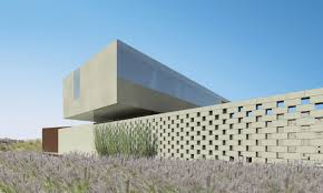 100 Staab A Cuboid Home Reflecting The Desert IGNANT