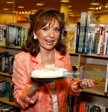 Actress Dawn Wells Signs And Discusses Her New Book Linda Gray Signs And Discusses Her New Book Barnes Noble Celebrates Cary Elwes Sign Copies Of His Abbi Jacobson Signing Cversation For Drew Barrymore Valerie Harper Laura Prepon At The Grove William Shatner Shay Mitchell Bliss Booksigning In Los