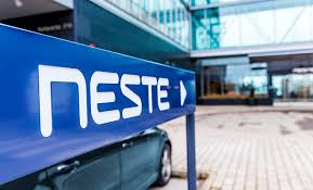 neste collaborates with ève aéroport to offer sustainable and
