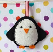 Idea For A Felt Penguin Christmas Decoration