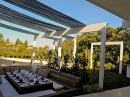 Roll Up Patio Shades Bamboo by 12 Beautiful Outdoor Roll Up Blinds All About Home Design