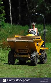 A Lady Dumper Truck Driver At Work UK Stock Photo: 44050654 - Alamy Sample Job Letter For Truck Driver Granistatetsmarketcom 60 70 Hour Rule Fv3 Youtube Mr Crane Jobs Australia Surprising Resume Samples For Drivers With An Objective Tow Design Template Professional Cover When Is An Ownoperator Excluded From Workers Comp Ecofriendly Driving In Pittsburgh Bay Choosing The Best Trucking Company To Work Good Resume Example Examples Paul Transportation Inc Tulsa Ok Traineeship Dump