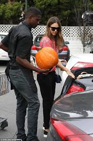 Pumpkin Head Urban Dictionary by Jessica Alba Takes Daughters Honor And Haven To Pick Out Pumpkins