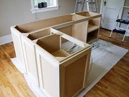 Diy Sewing Cabinet Plans by Best 20 Diy U Shaped Desk Ideas On Pinterest Krippen
