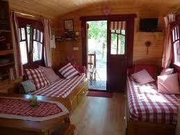 chambre d hote pol sur ternoise vue du lit adulte picture of gites chambre d hotes roulottes st