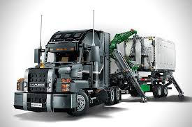 LEGO Technic Mack Truck | MotorCove | Pinterest | Lego, Lego Technic ...
