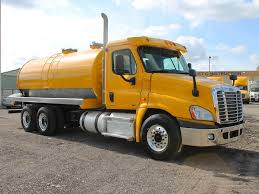 FREIGHTLINER TANKER TRUCKS FOR SALE