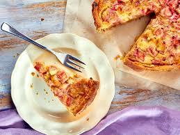 rhabarberkuchen mit streuseln pudding oder baiser rezepte