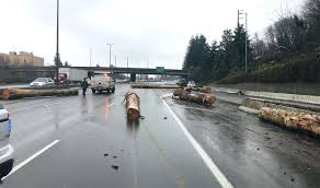 100 Logging Truck Accident I5 Reopens Near Olympia After Log Truck Spills Load US 101 Ramp