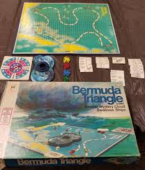 Vintage 1976 Bermuda Triangle Board Game