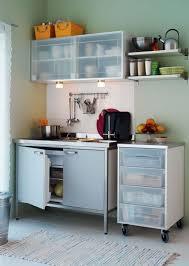 mini cuisine compacte 3 scénarios pour aménager une cuisine îlot de cuisine dans le