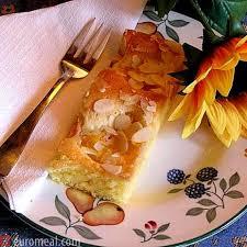 marillenkuchen mit mandelblättchen