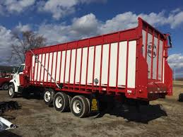 100 Meyers Truck Sales 8200 BOSS RT Front Rear Unload Forage Box Meyer Manufacturing