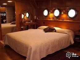 location chambre peniche location bateau à 7ème arrondissement iha 36211