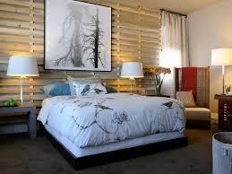 coole deko ideen schlafzimmer mit holzwandgitter und